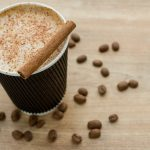 Thermo mug 2-in-1: style and eco-friendliness in one